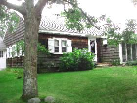 marthas vineyard rental 1332 in Oak Bluffs
